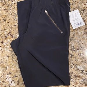 Athleta aspire ankle pant black size 4-NWT